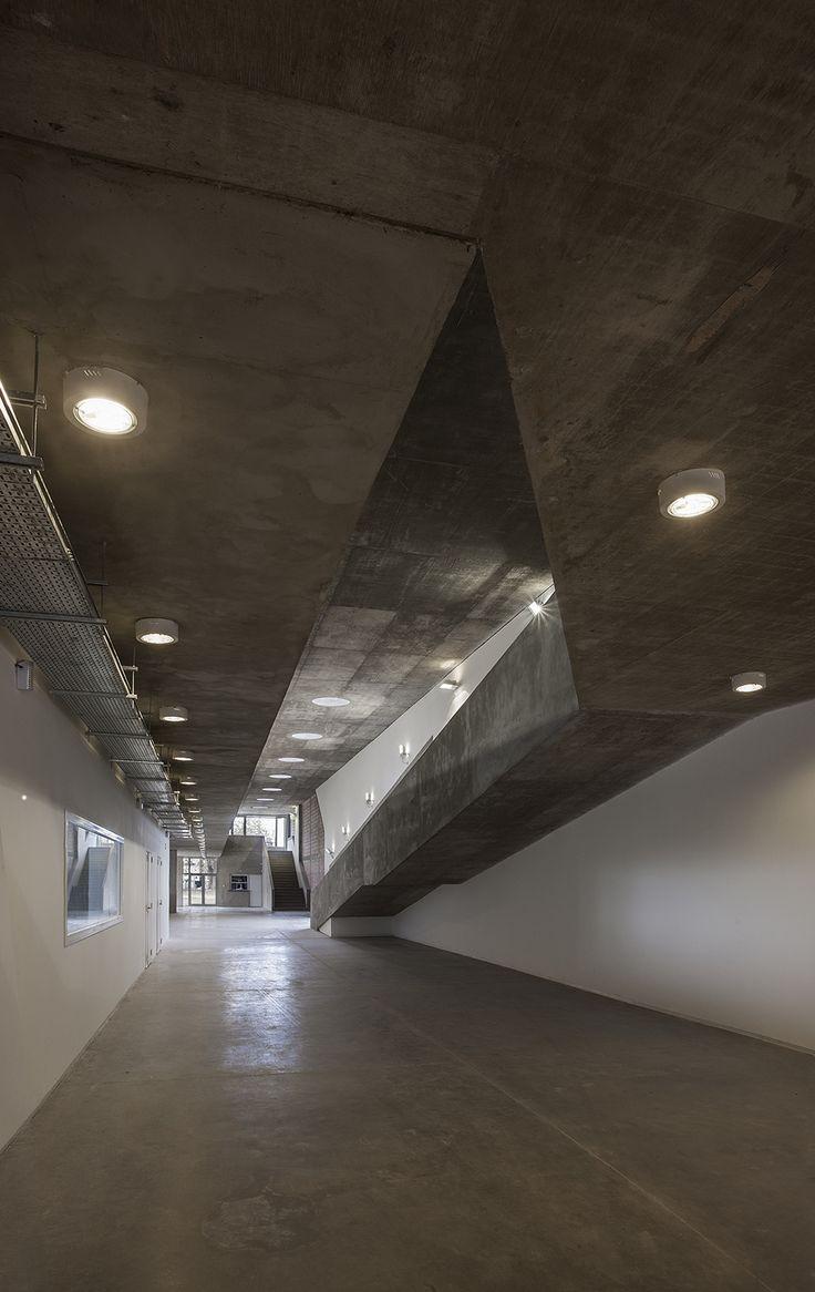 Galería - Escuela de Ingeniería Civil y Auditorio CUR / Gerardo Caballero, Maite Fernández - 4