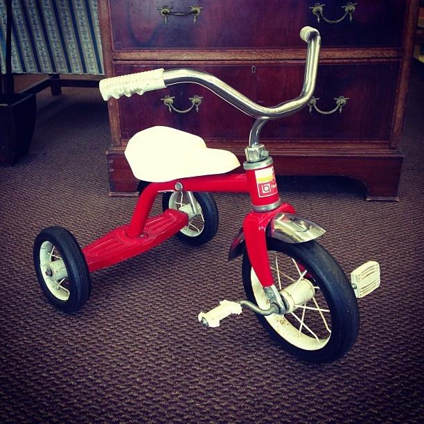 Great Buy Vintage 1985 Hedstrom Children S Tricycle