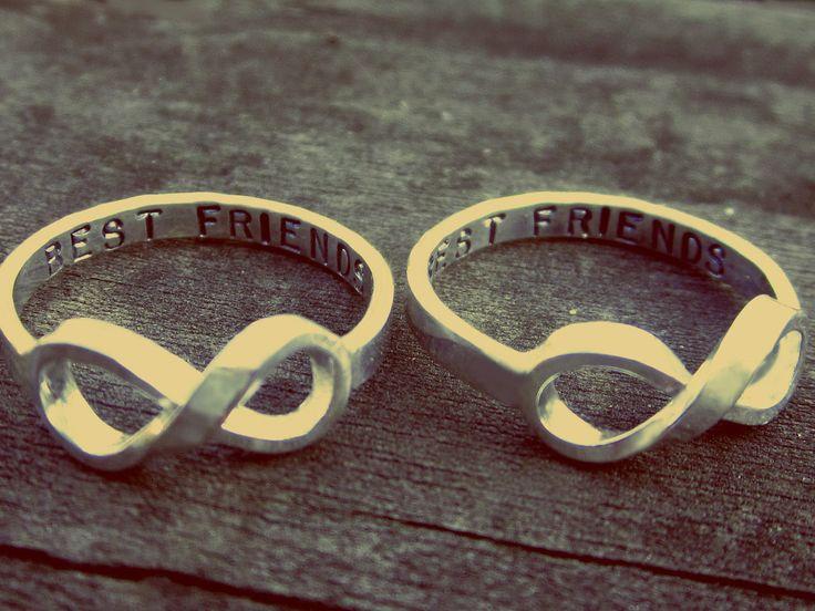 Best friend infinity rings! Love this.