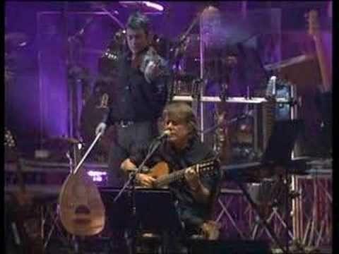 ▶ Fabrizio De Andrè Live - Bocca di rosa - YouTube