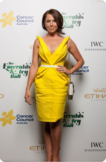 Kate Richie looking fabulous in yellow on The Emeralds & Ivy Ball red carpet