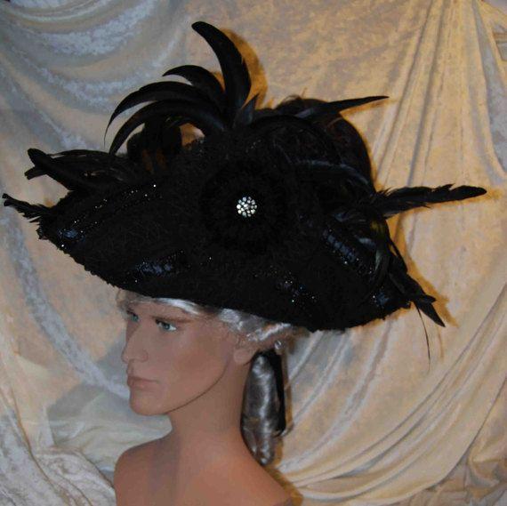 Tricorno Nero - Cappello storico da uomo in lana, riccamente decorato