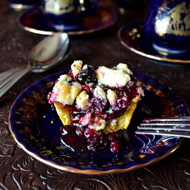 Lea's Cooking: Cream Cheese Blueberry Muffin Pies