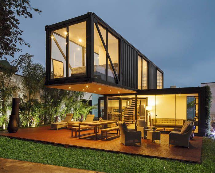 Sachie Fujimori Arquitectos Container house, Building