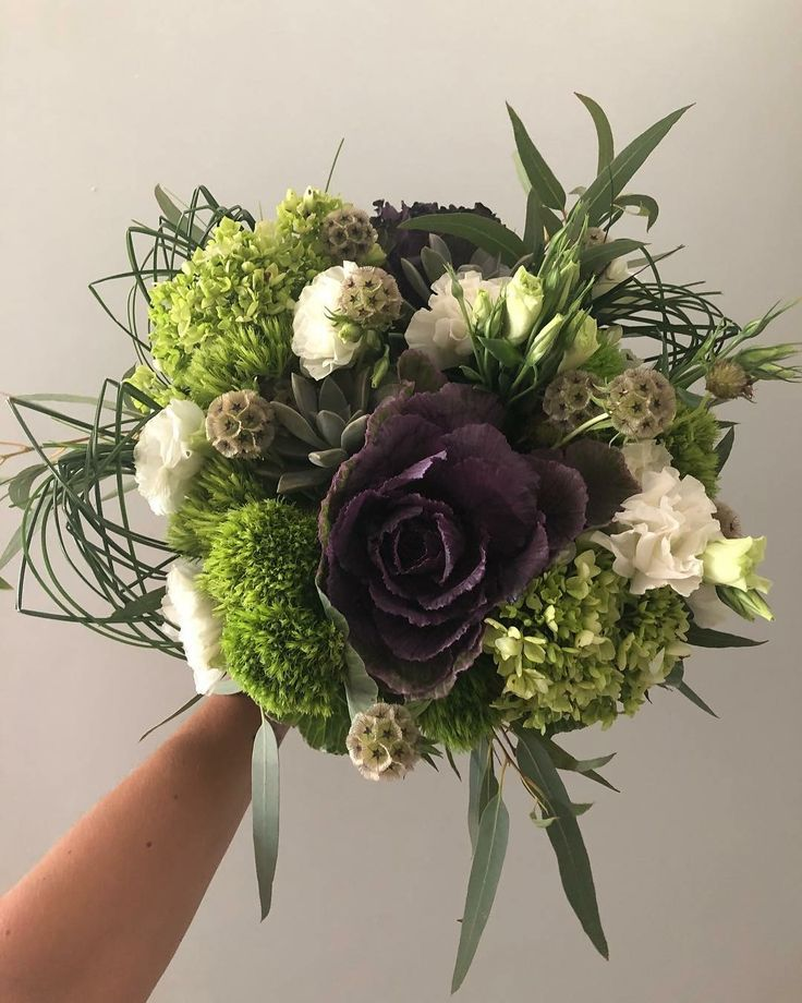 CBR489 wedding riviera Maya green flowers and foliage for bridal bouquet/ ramo de novia con flores y follajes verdes