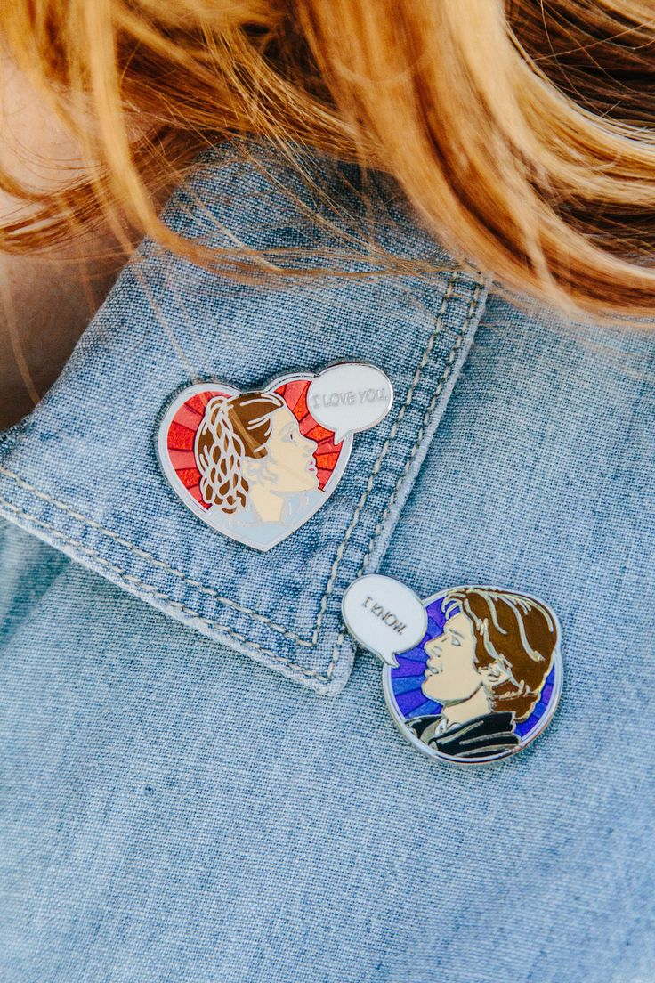 9 Tips for Styling Your Disney Pins. Jean and denim jacket. Pins and buttons.