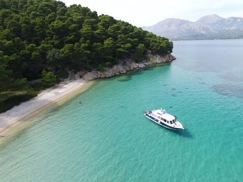Discovering the secluded beaches with Asteria Boats