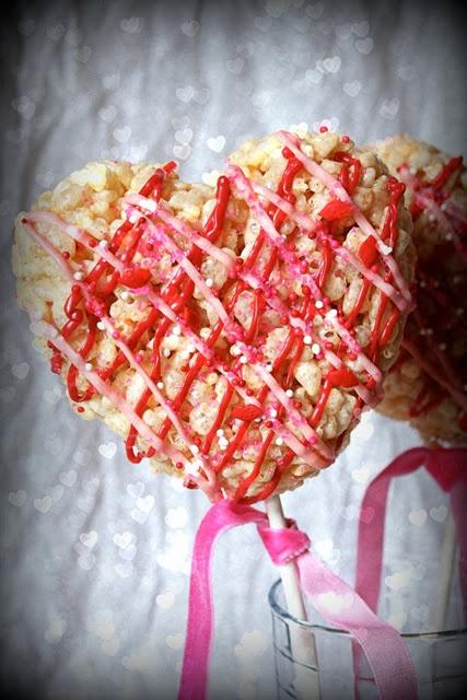 Super easy Valentine's Day treat.