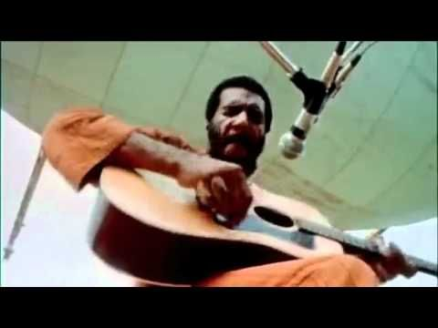 """Richie Havens - Freedom at Woodstock 1969 (HD)Rest In Peace Richard Pierce """"Richie"""" Havens.. ☮ (January 21, 1941 - April 22, 2013)  More than 3 months ago I decided to take a look into the woodstock history and music. I was interested in peace, freedom and the hippie scene. Then I found this excellent, unique live performance by Richie Havens."""