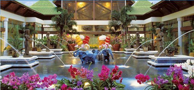 Orlando - Loews Royal Pacific Resort at Universal Orlando 4*