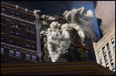 New York, 2001 – Collapse of south tower of World Trade Center – © James Nachtwey