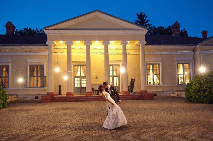Csodálatos esküvő a Fenyőharaszti kastélyban!