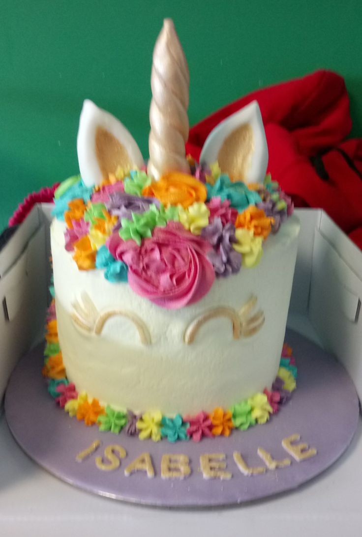 🦄 Unicorn Rainbow Buttercream Sponge cake