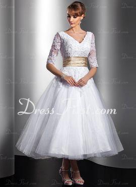 A-linjeformat V-ringning Tea-Längd tyll Charmeuse Bröllopsklänning med spetsar Skärpband Pärlbrodering (002014739)
