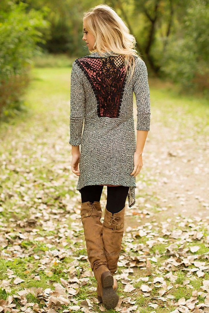 Complete Your Fall Wardrobe With This Elegant Cardigan