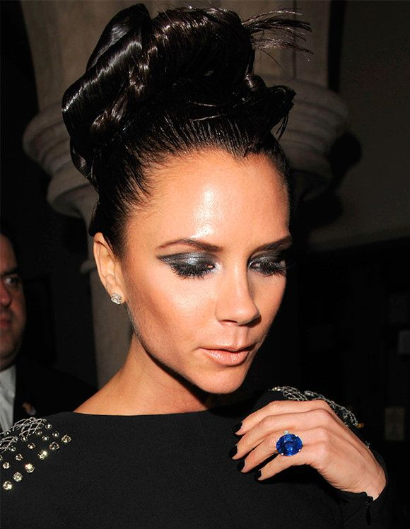 In Detail Victoria Beckham 39 S Engagement Ring Collection ELLE UK