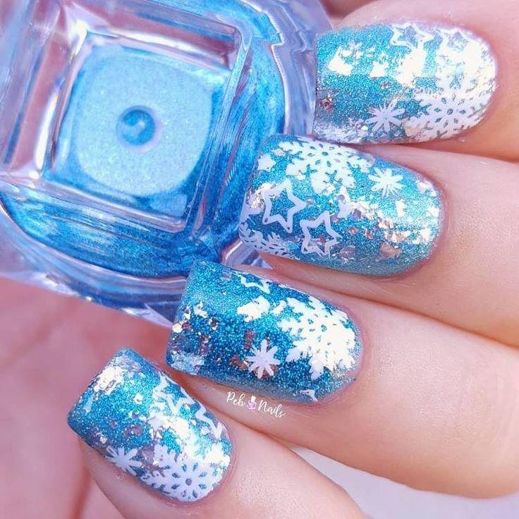 Beautiful snowflake nails design
