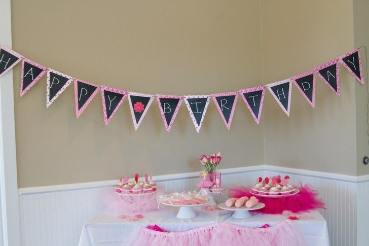 Great idea for a dessert table.    Ballerina Party Pictures and BIG Birthday Party Giveaway! @Mama and Baby Love.