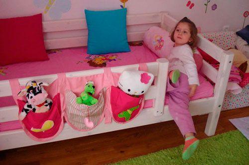 Кармашки для хранения книг и игрушек в детской кровати для комнаты девочки