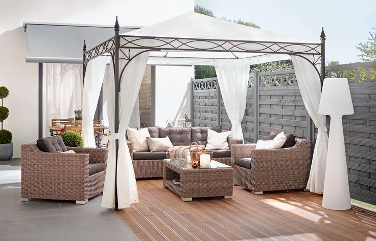Fesselnd Ein Pavillon Im Garten Oder Auf Der Terrasse Ist Eine Elegante Ergänzung Zu  Den Gartenmöbeln.