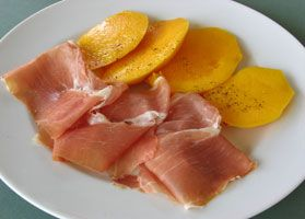 #Prosciutto and #Mango  Many fruits go well with the Parma ham: here mango is replacing the classic melon.
