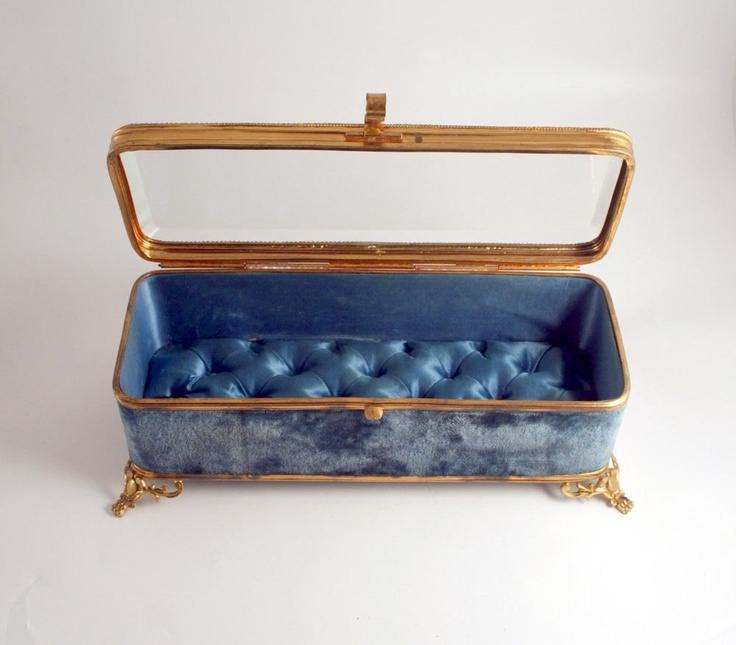 274 best Vintage Jewelry caskets images on Pinterest Jewelry box