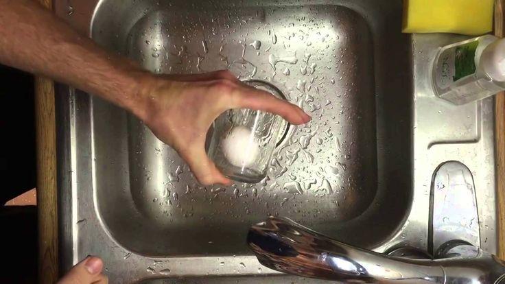 Как быстро почистить варёное яйцо - видео инструкция бесплатно