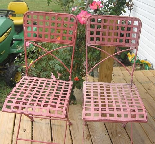 Shabby French Iron Folding Garden Chairs Sold But What A Great Price 66 99
