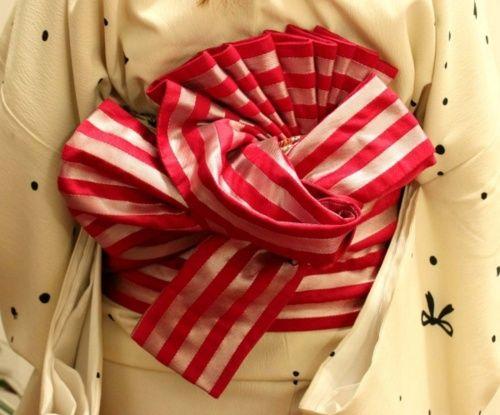 Kanazawa Beniya - striped obi with elaborate tie