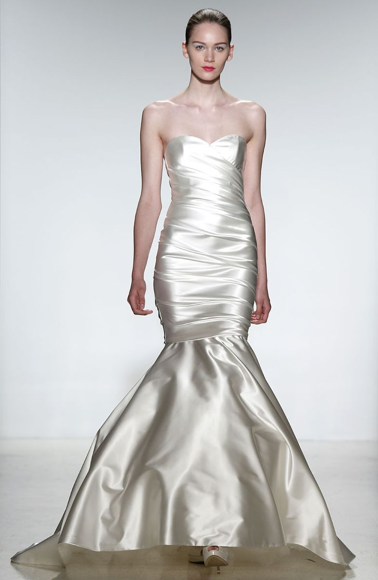 Kenneth Pool Bridal - Pasarela