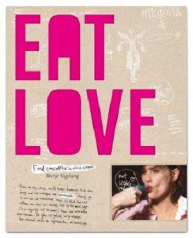 Eat Love Na haar afstuderen aan de Design Academy in Eindhoven in 2000 is Marije Vogelzang concepten rondom eten gaan bedenken. De sfeer, de mensen die betrokken zijn, de verhalen achter de ingrediënten, de smaak en textuur, het geluid, de geuren en kleuren van voedsel en de manier waarop het wordt bereid en geserveerd. Dit boek met spectaculaire concepten is nu beschikbaar voor iedereen die geïnteresseerd is in de cultuur en de ervaring van het eten. Een sensationeel boek, met dito…