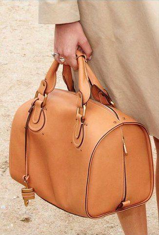 ✕ Camel colored Chloé bag