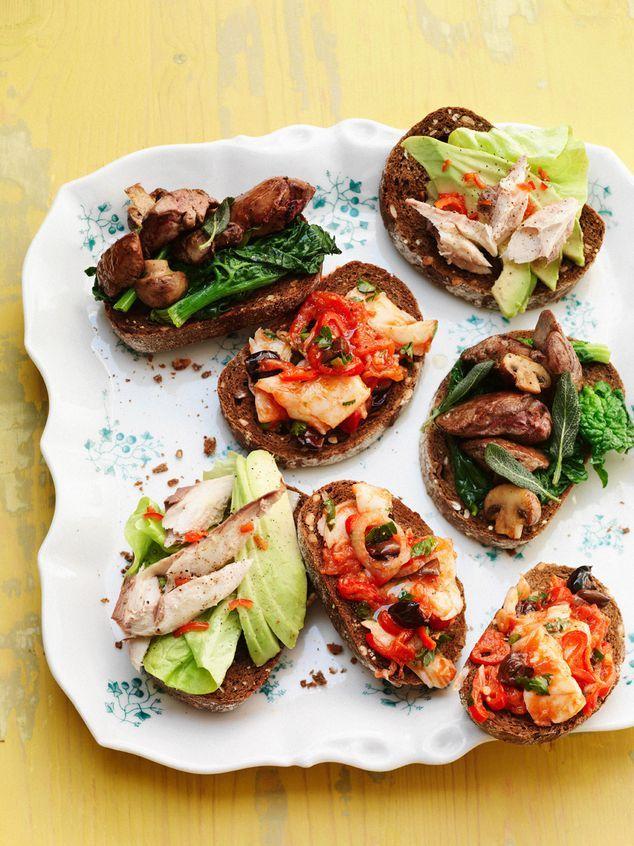 bruschetta met kippenlevertjes, makreel en stokvis   ZTRDG magazine