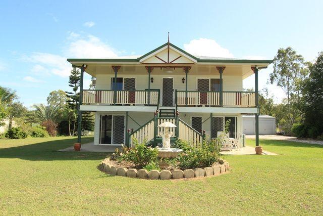 Double storey queenslander porch design