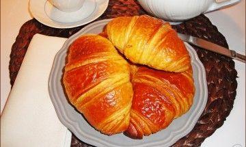 Croissant sfogliati di semola di grano duro con lievito madre