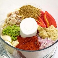 Thai red curry paste - Homemade!