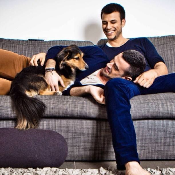 couch gay personals Mike nudelman/business insider riccardo g's profile on couchsurfingcom, the website that partners intrepid wanderers with willing hosts, notes that he lives in the best neighborhood to go out and have drinks, that he offers a cozy/clean/nice sofa/couch and that he'll even let you bring your small dog, if you just can't live without him.