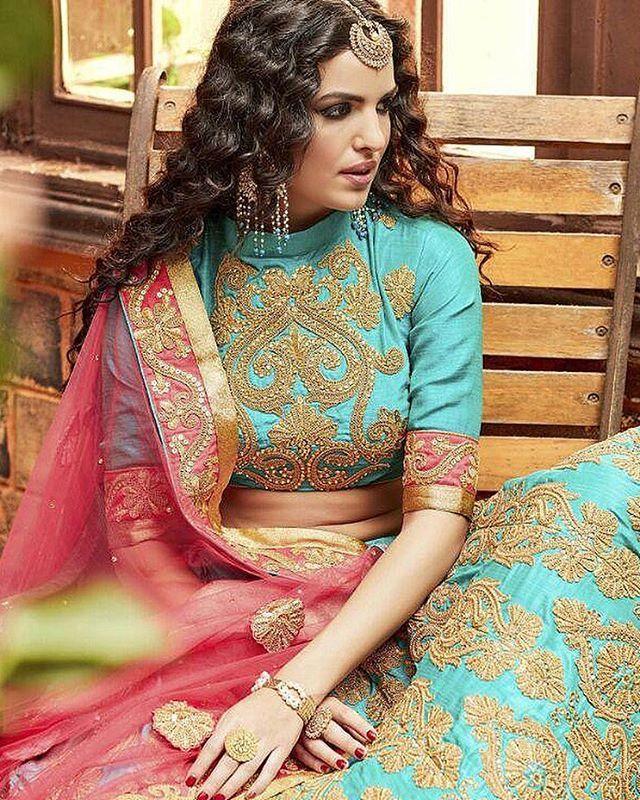 - Checkout the gorgeous detailing in our new arrival, 'Turquoise and Gold Embroidered Lehenga' - available for £83 @ Falakenoorboutique.com!😍 • #FalakeNoor #IndianDress #PakistaniStreetStyle #PakistaniDress #ootd #pakistani #DesiCouture #DesiFashion #Style #Desi #Dressyourface #Bengali #Anarkali #salwarkameez #Zukreat #AsianBride #London #Indian #Birmingham #Uk #England #UK #UnitedKingdom #Punjabi #Saree #Sari #Lehenga #turquoise
