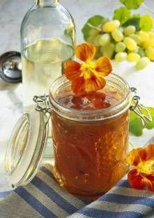 Recette de Gelée de raisin et fleurs de capucine