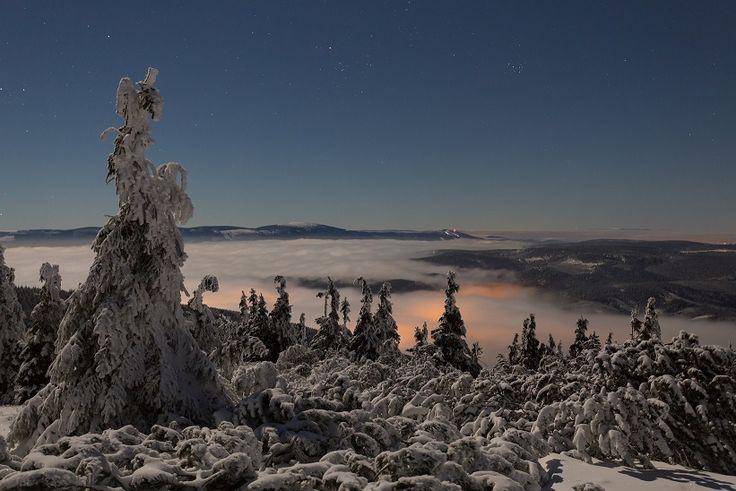 VIDEO Winter sea of clouds: Czech Republic in 4K by Timefocus Films   #timelapse