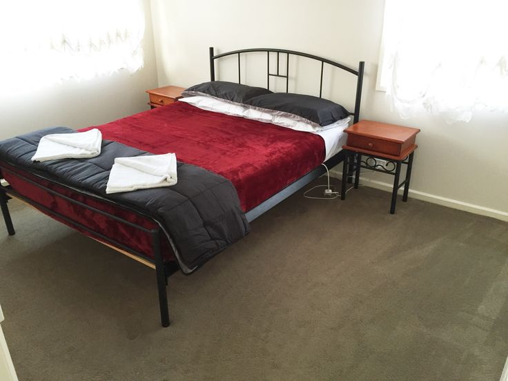 Large, comfortable guest bedroom, 4.