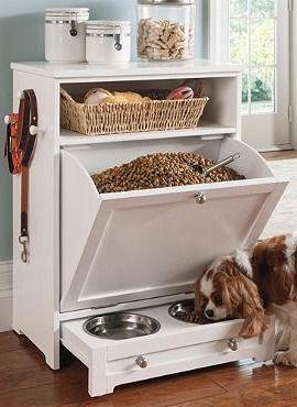 Кормушка для собак встроенная в шкаф