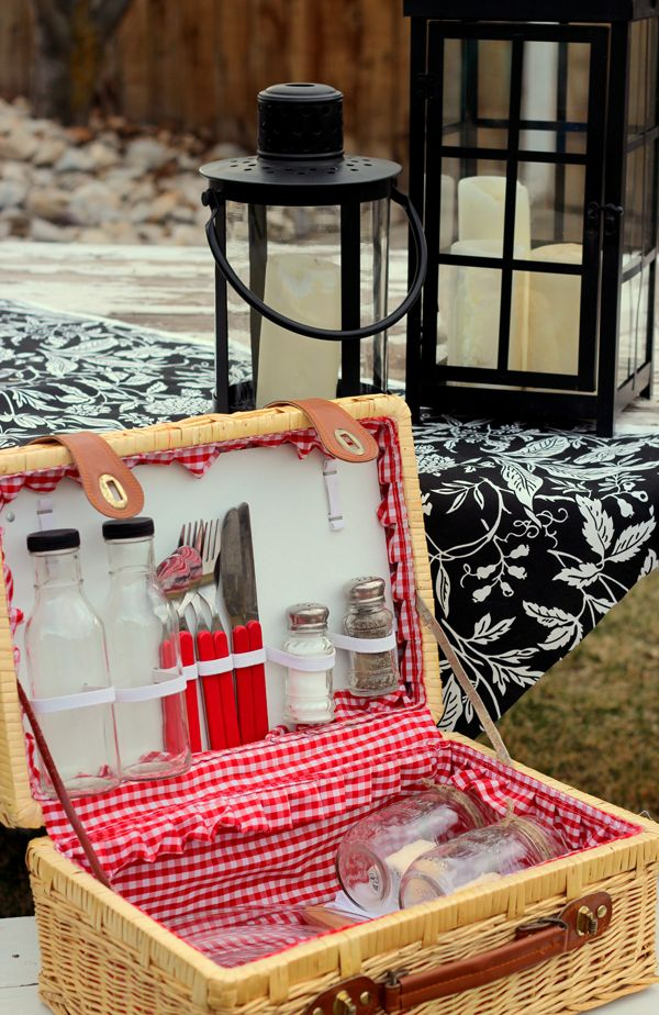 Picnic Basket Gift Diy : This picnic basket is a precious idea baskets