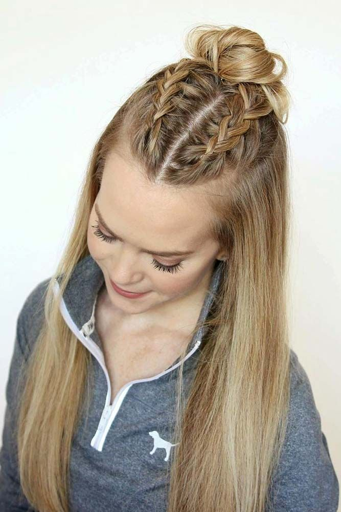 30 Straight Hairstyles For Long Hair Lovehairstyles Com In 2020 Sporty Hairstyles Straight Hairstyles Long Hair Styles