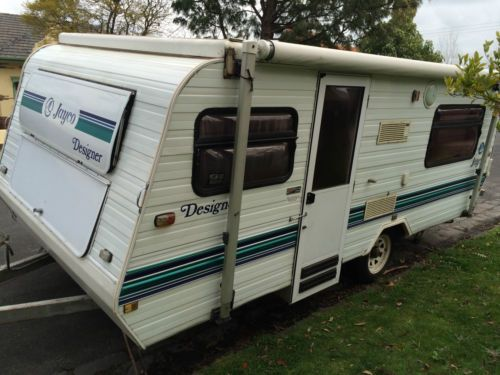 Jayco-Designer-Pop-Top-w-Factory-Fitted-Aircon-1993-excellent-condition-for-age
