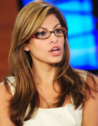 Sunshade Models: Eva Mendes eyeglasses give you a cue about fashion...