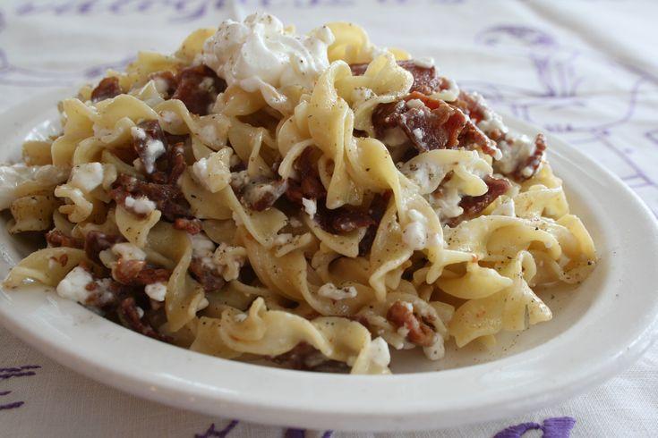 5 pofonegyszerű, villámgyors főtt tésztás recept vacsorára!