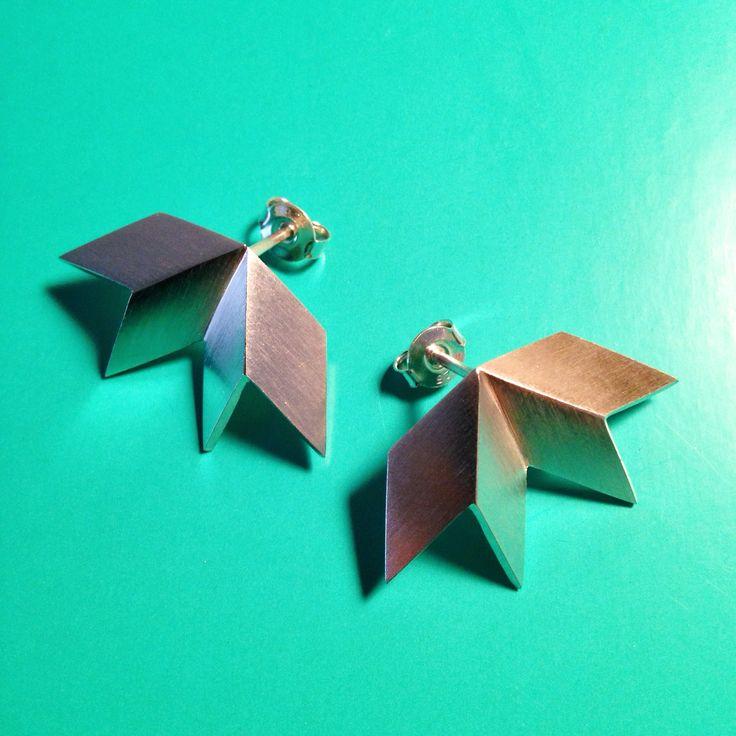 Made by Ella BIRD ear studs, silver.