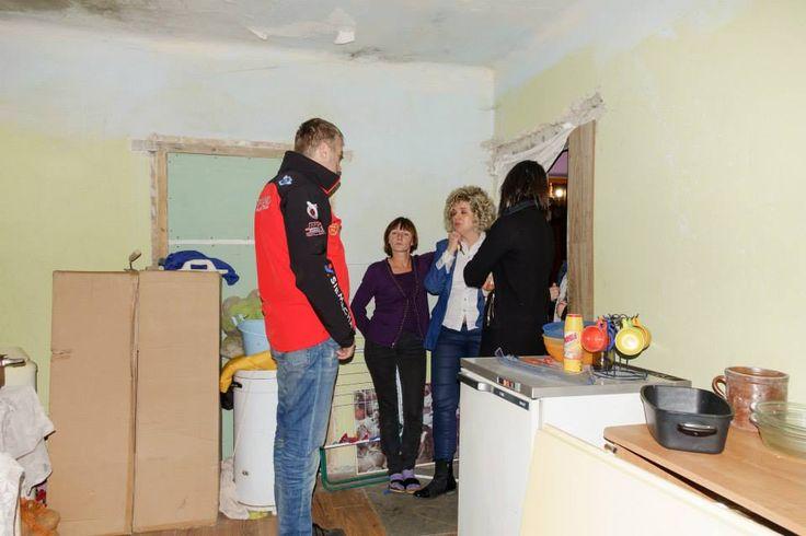 Rafał Sonik z Karoliną Solowow odwiedzili naszych podopiecznych i fakt braku łazienki nie pozwolił Karolinie pozostać obojętną. Decyzja o pomocy w tym zakresie padła natychmiast.