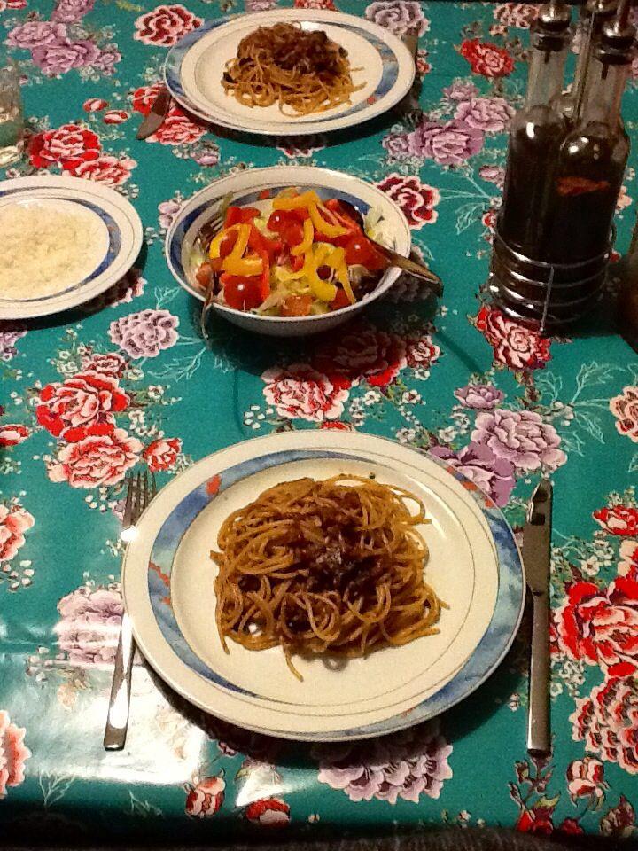Spaghetti putanesca. www.poderecerale.com